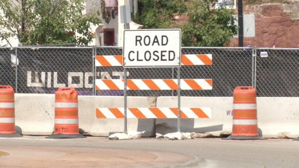 PIkes Peak Marathon route dealing with roadblock