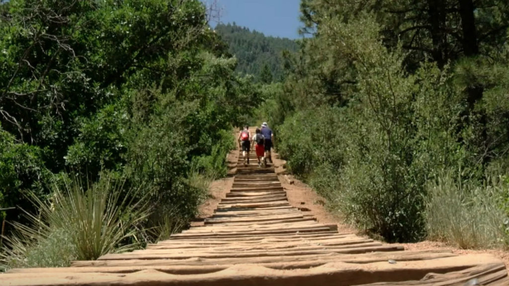 Your Healthy Family: UCHealth Doctor shares how to safely prepare to hike the incline